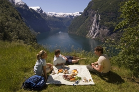 Norway With The Coastal Voyage | 14 Days